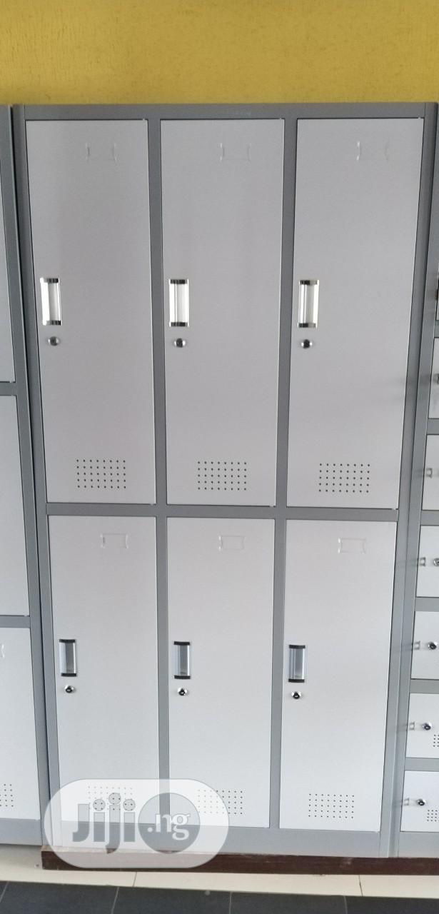 Metal Workers Lockers By 6 Lockers