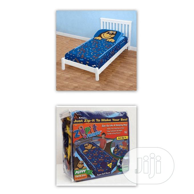 Archive: ZIP Zipit Friends Twin Bedding Set