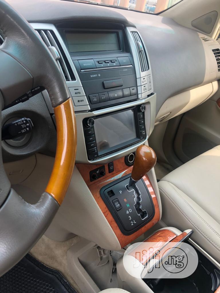Archive: Lexus RX 350 2007 Gold