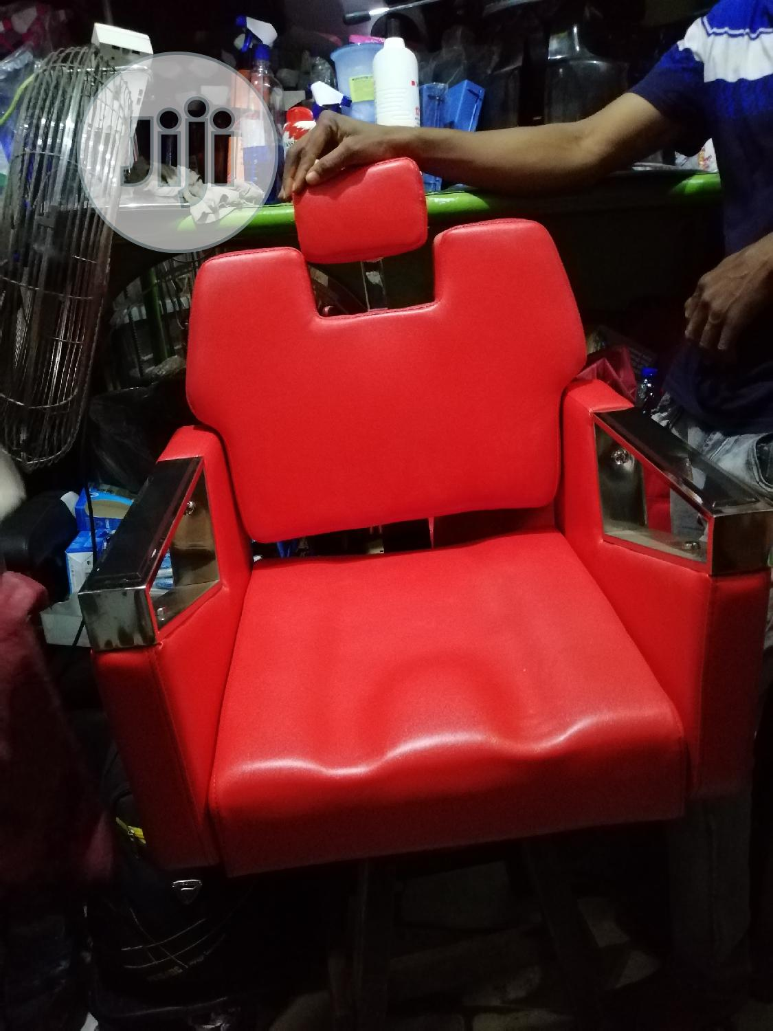 Executive Barbing Saloon Chair (Available In Black Color)   Salon Equipment for sale in Lekki Phase 1, Lagos State, Nigeria