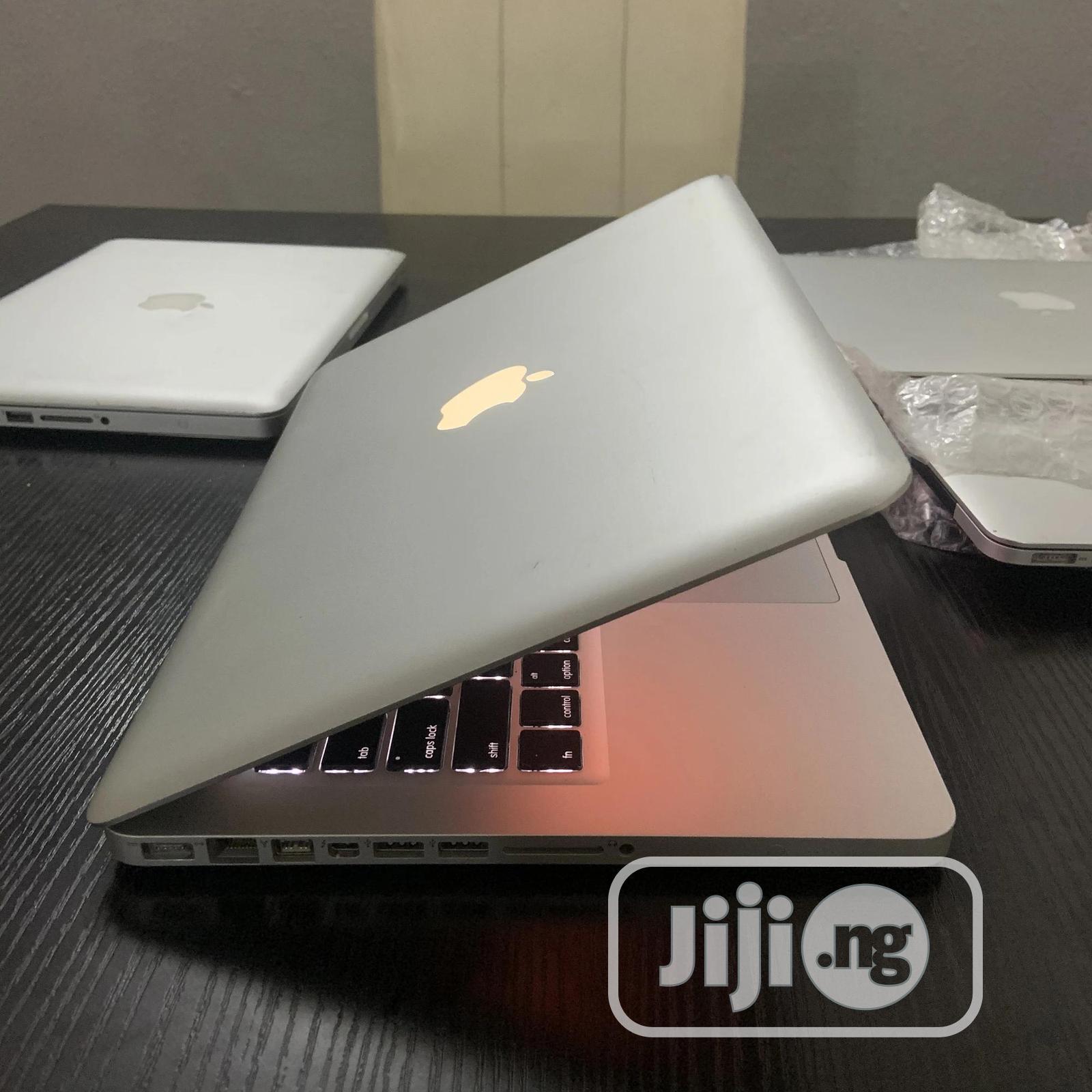 Archive: Laptop Apple MacBook Pro 8GB Intel Core I7 500GB
