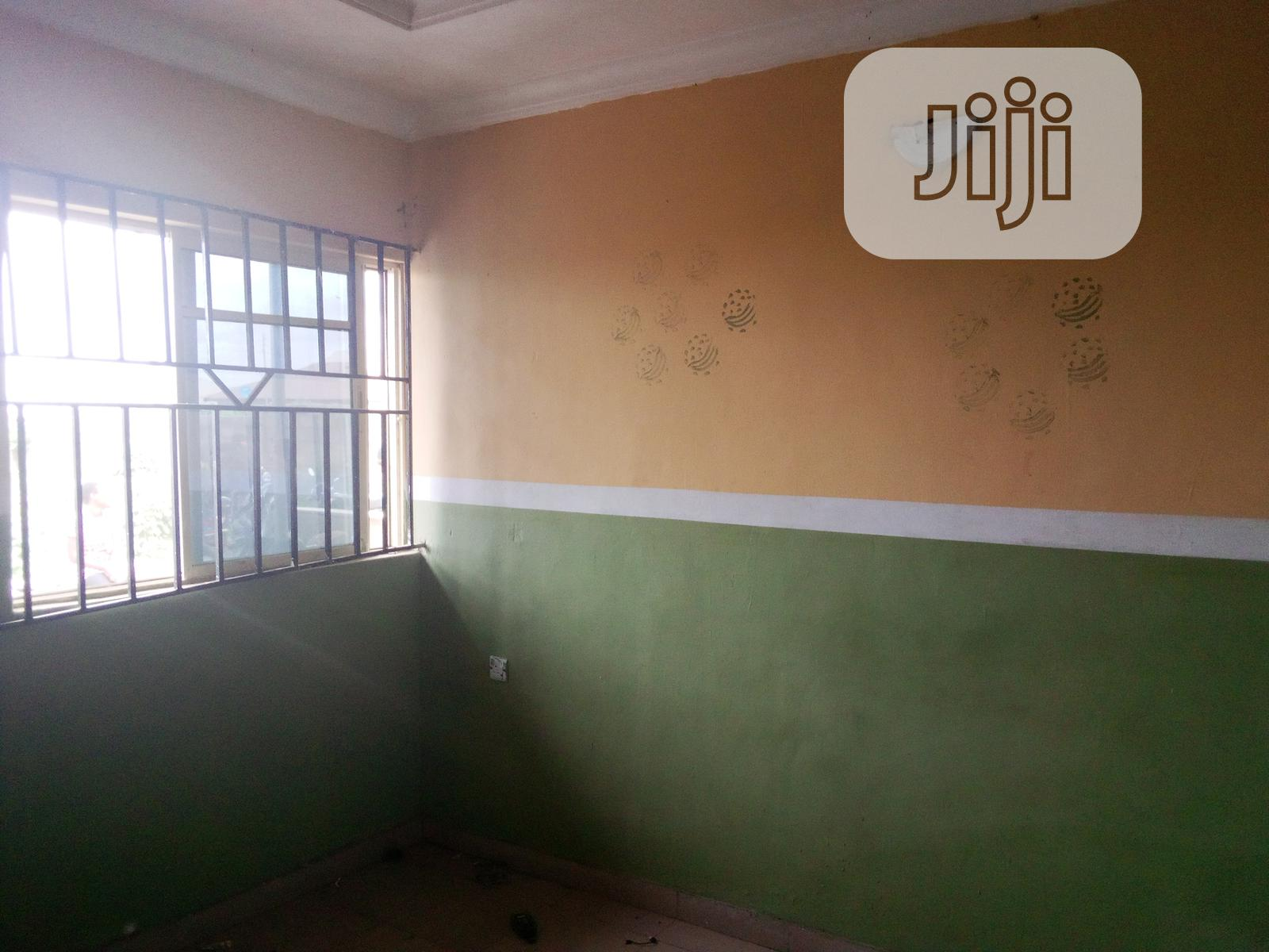 Room And Parlour Self-contained Behind Muhy Inv., Ayekale Area, Osogbo | Houses & Apartments For Rent for sale in Osogbo, Osun State, Nigeria