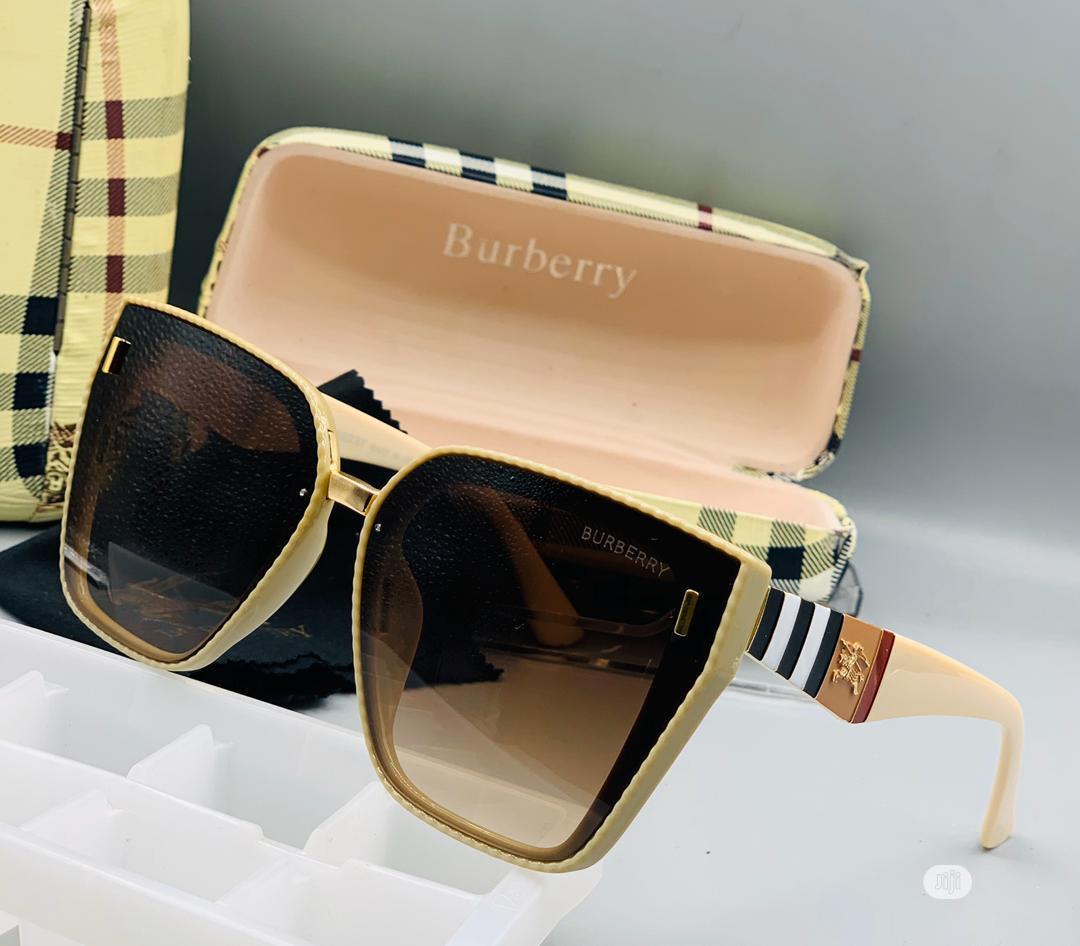 Designer Burberry Sunglass