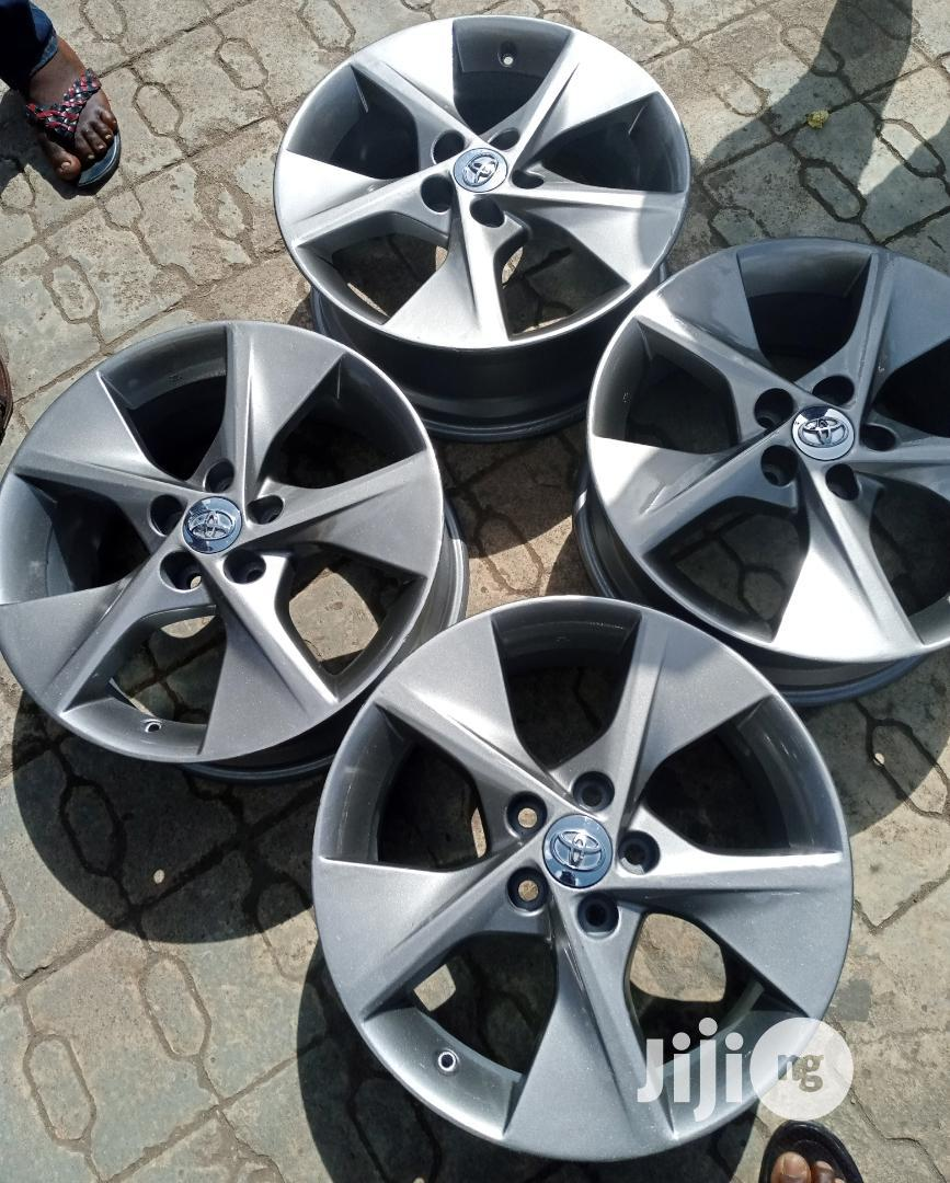 18 Inch Alloy Wheel for Toyota Camry.