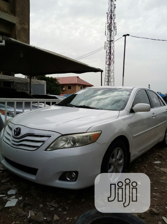 Toyota Camry 2010 White | Cars for sale in Garki 2, Abuja (FCT) State, Nigeria