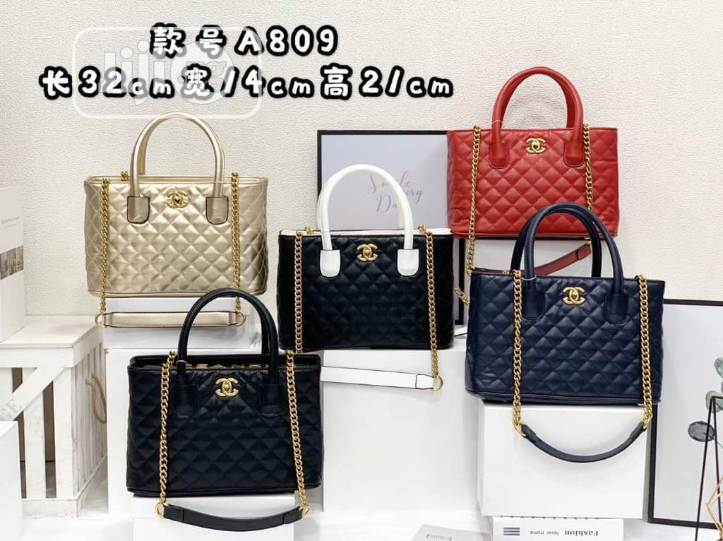 High Quality Handbags for Ladies/Women Available in Different Colors