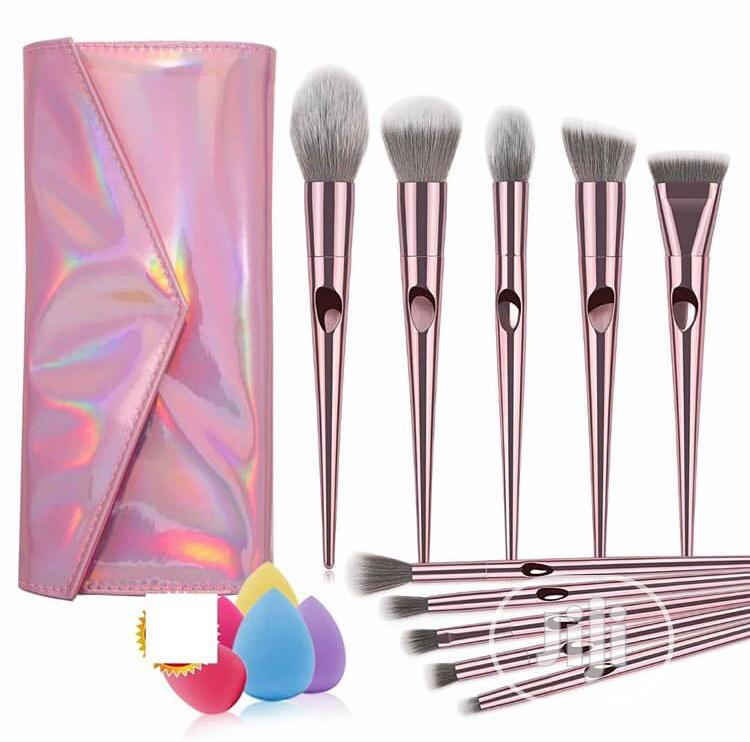 Archive: Make Up Brushes