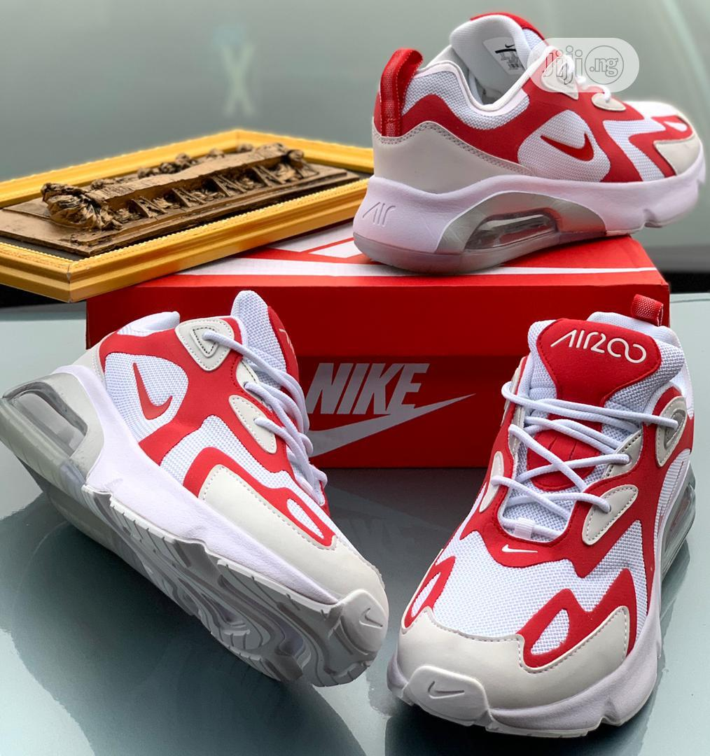"""Nike Air Max 200 """"White and Red Bomb"""