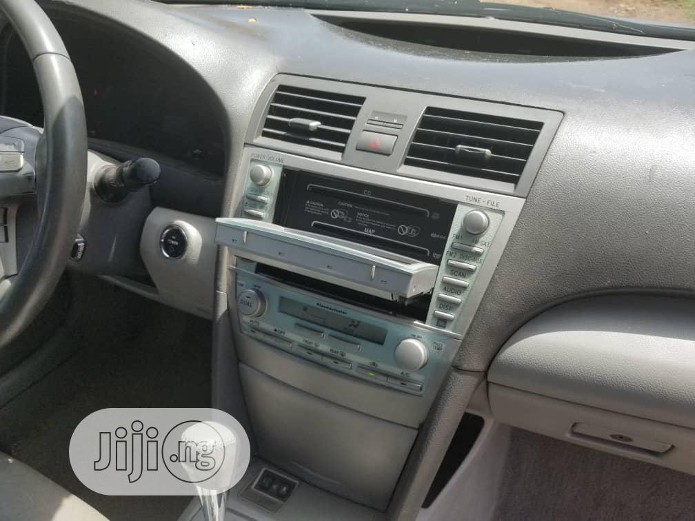 Archive: Toyota Camry 2.3 Hybrid 2007 Gray