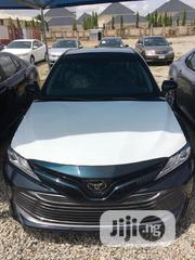Toyota Camry 2019 XLE (2.5L 4cyl 8A) Black | Cars for sale in Abuja (FCT) State, Kado