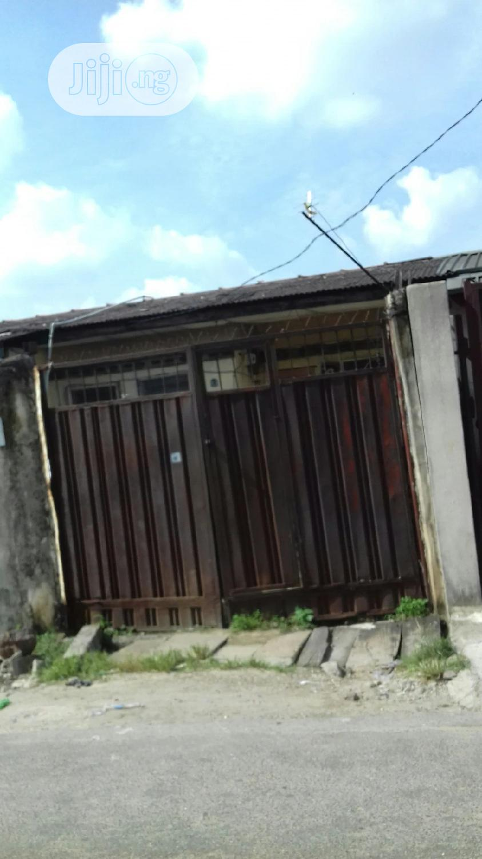 Spacious 2 Bedroom Bungalow For Sale Off Akerele Surulere