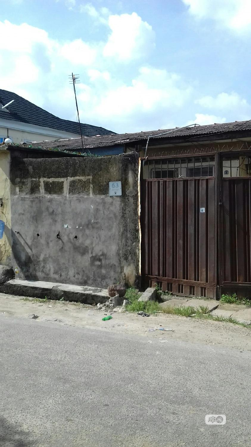 Spacious 2 Bedroom Bungalow For Sale Off Akerele Surulere   Houses & Apartments For Sale for sale in Surulere, Lagos State, Nigeria