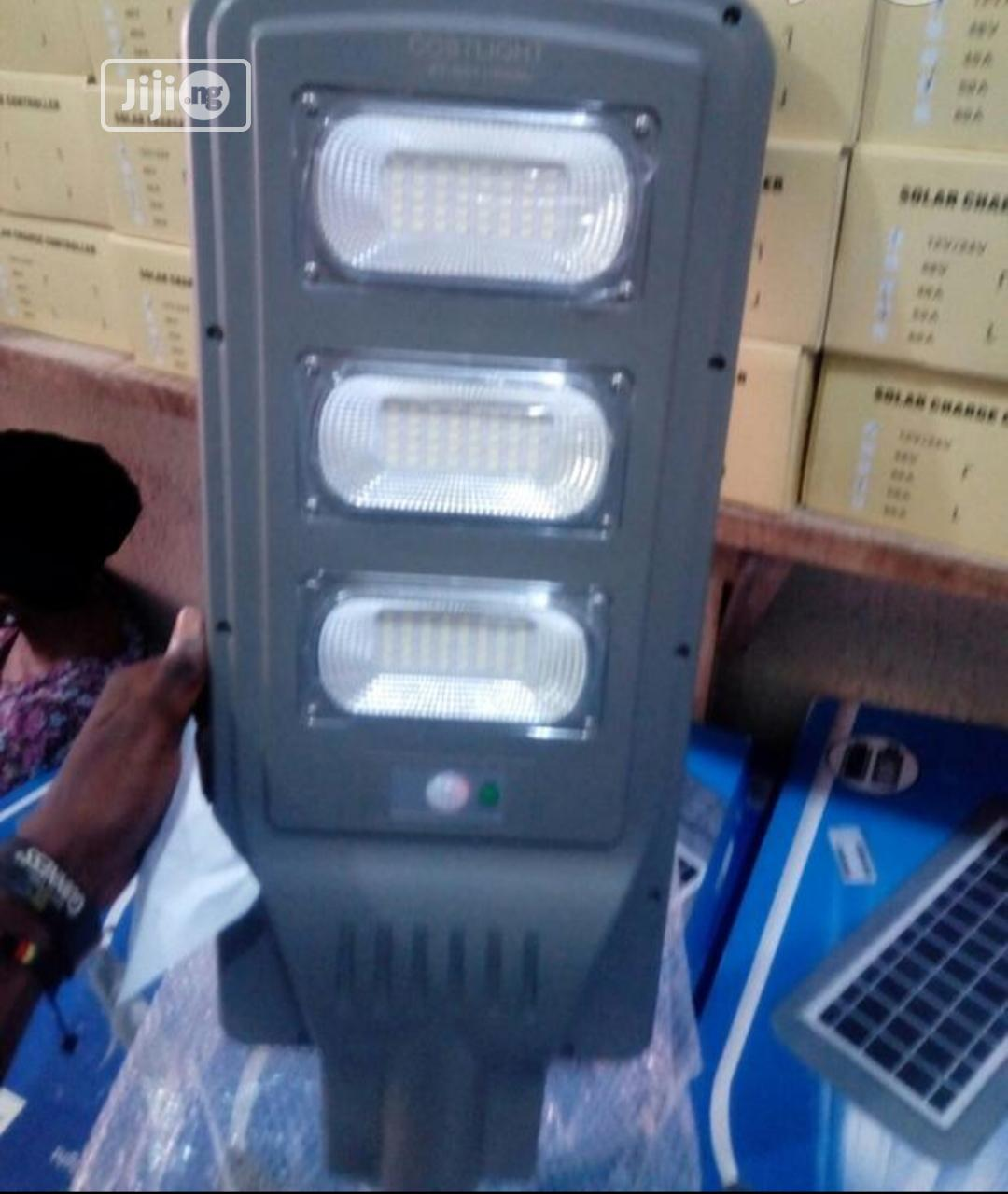 Archive: All in One Solar Street Light