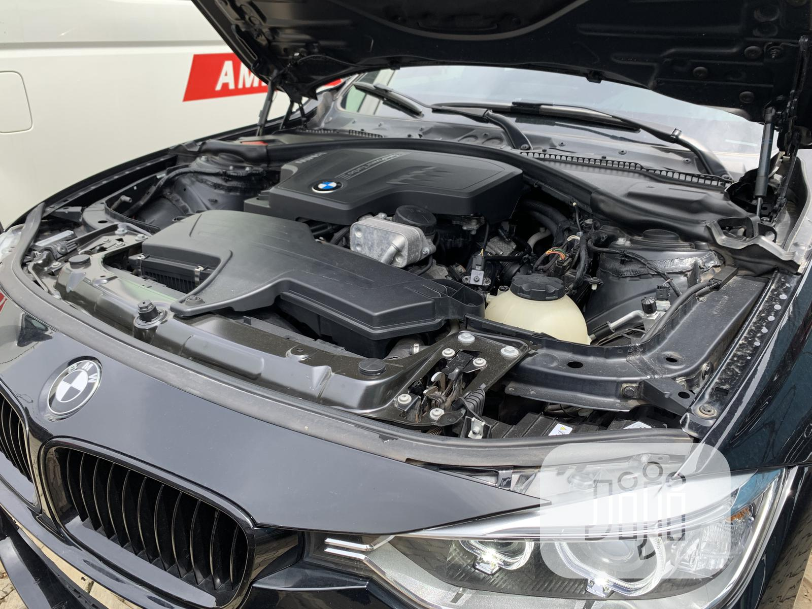 Archive: BMW 328i 2013 Black