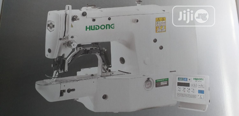 Industrial Bottonhole Machine