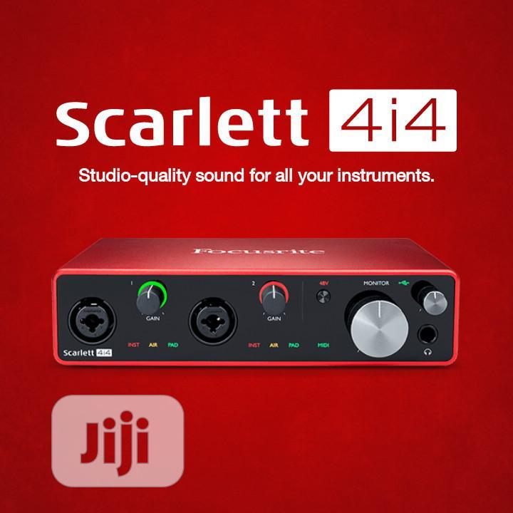 Focurite Scarlett 4i4 Audio Interface