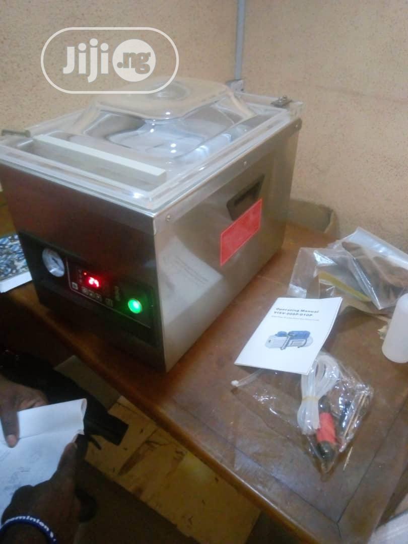 Vacuum Sealing Machine