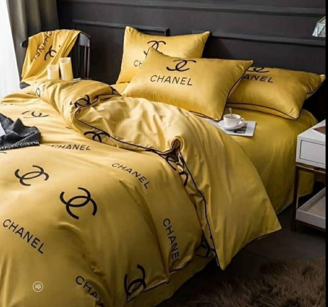 Quality Duvet, Bedsheet & 4 Pillow Case