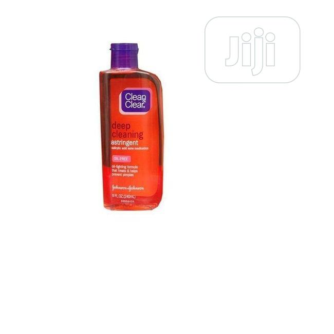 Archive: Clean Clear Deep Cleaning Astringent – Facial Cleanser