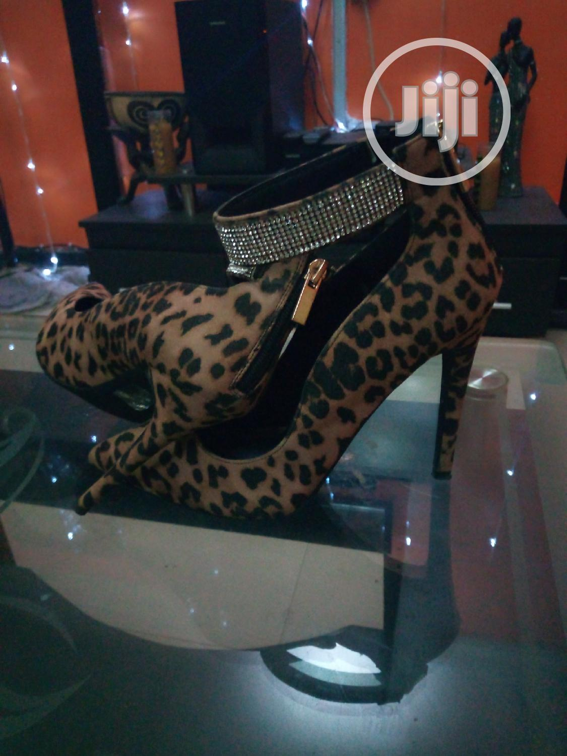 Archive: Stylish Women'S High Heeled Shoes - Leopard Skin