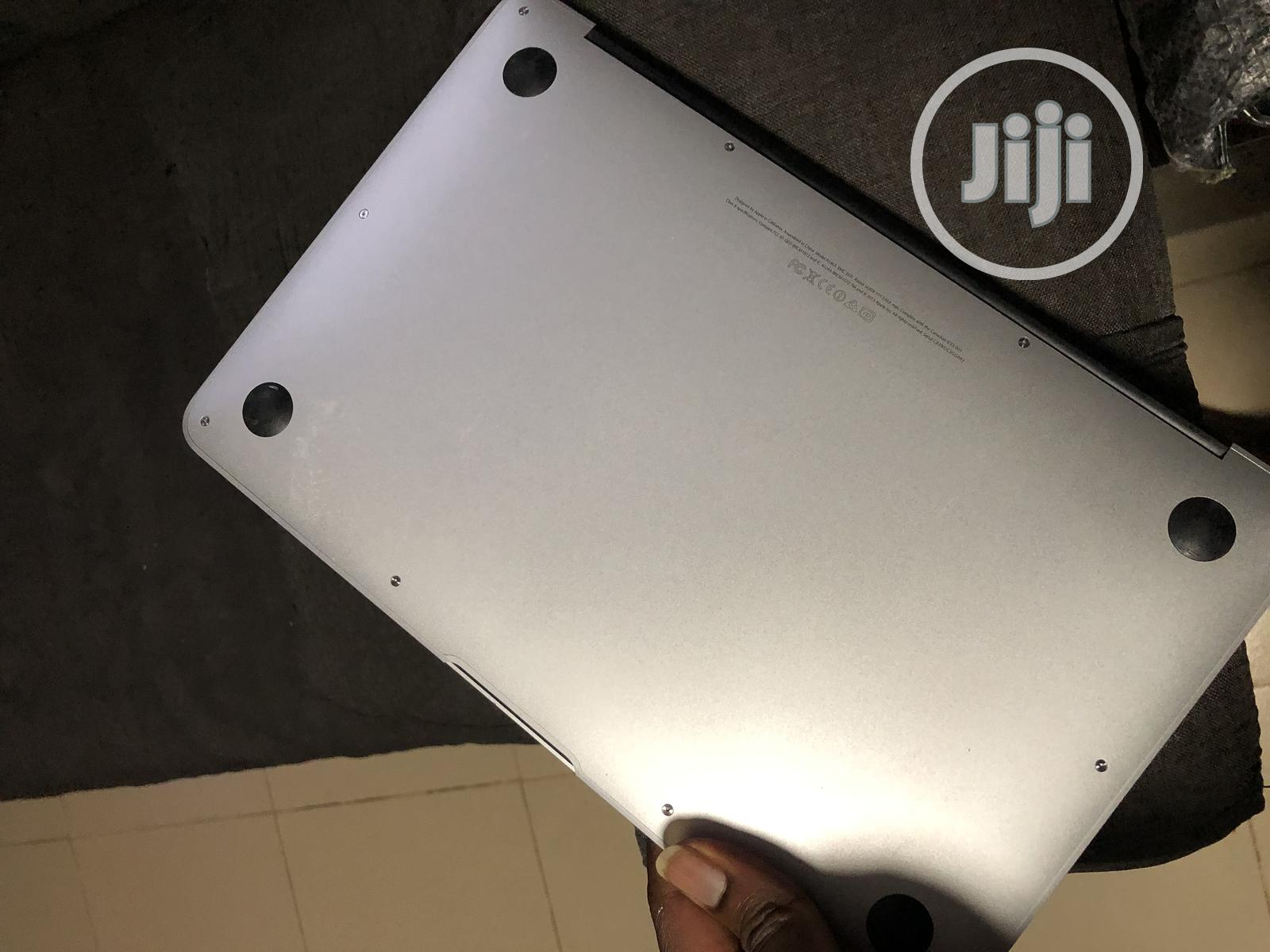 Laptop Apple MacBook Air 4GB Intel Core I5 SSD 128GB | Laptops & Computers for sale in Ikoyi, Lagos State, Nigeria