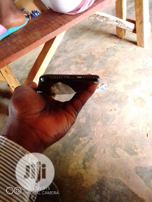 Archive: Afrione Gravity Z1 32 GB Black