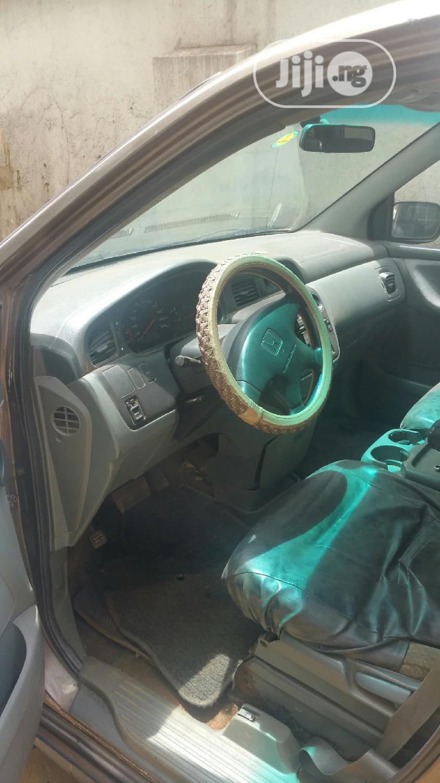 Archive: Honda Odyssey 1999