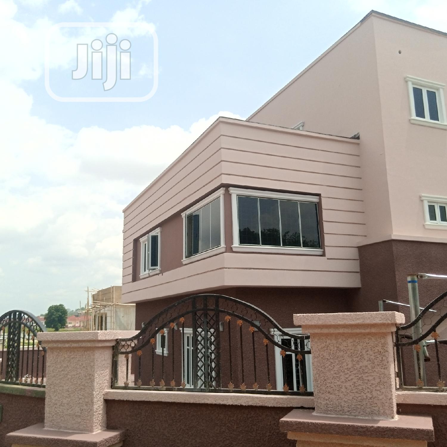 Luxury Built Spacious 5bedroom Detached Duplex With 2 Rooms Bq | Houses & Apartments For Sale for sale in Guzape District, Abuja (FCT) State, Nigeria
