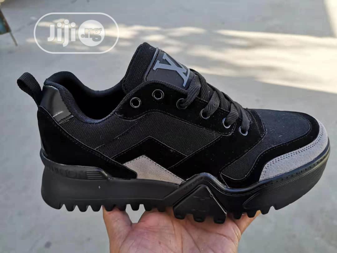 Trendy Guys Sneakers