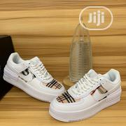 Nike Burberry Sneaker   Shoes for sale in Lagos State, Lagos Island