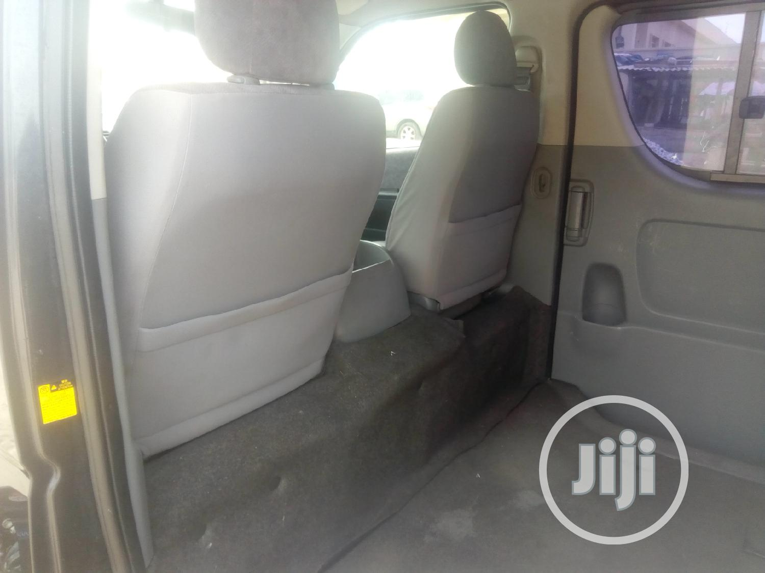 Toyota Haice Bus Without Back Seats | Buses & Microbuses for sale in Ajah, Lagos State, Nigeria