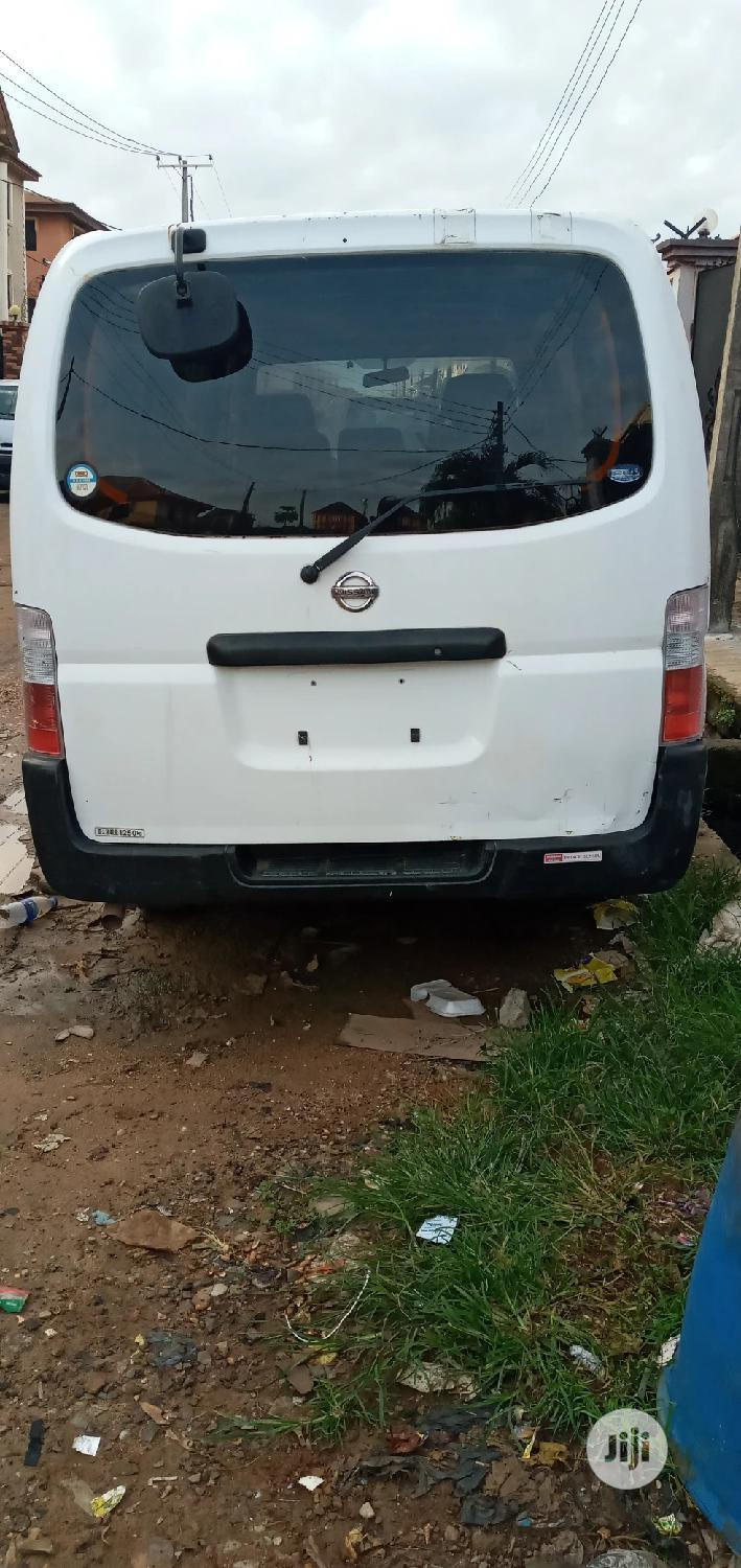 Totunbo Nissan Bus 2004 Model   Buses & Microbuses for sale in Mushin, Lagos State, Nigeria