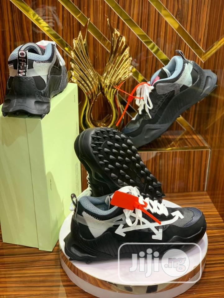 Original Off White Sneakers | Shoes for sale in Lagos Island, Lagos State, Nigeria
