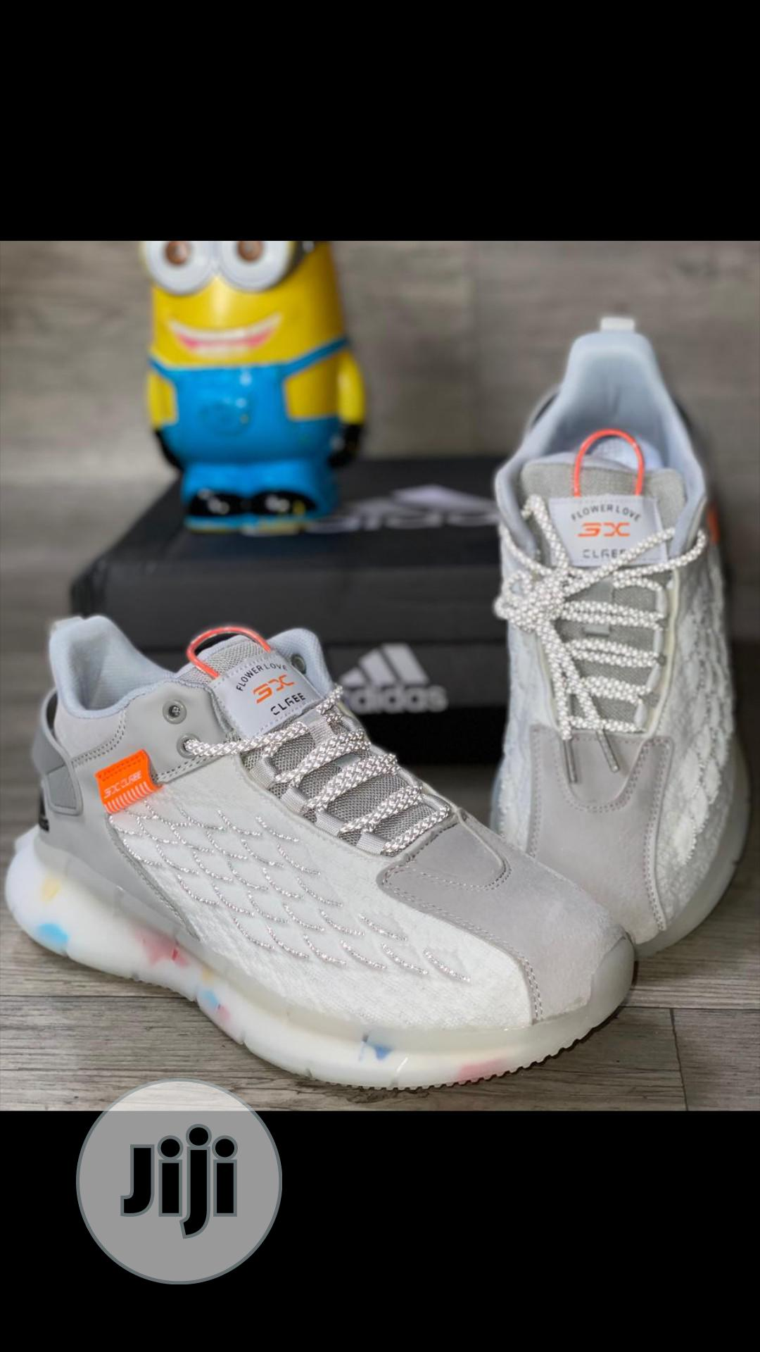 Adidas SNEAKERS   Shoes for sale in Lagos Island (Eko), Lagos State, Nigeria