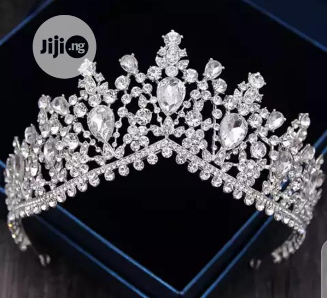 Luxury Bridal Crown 3