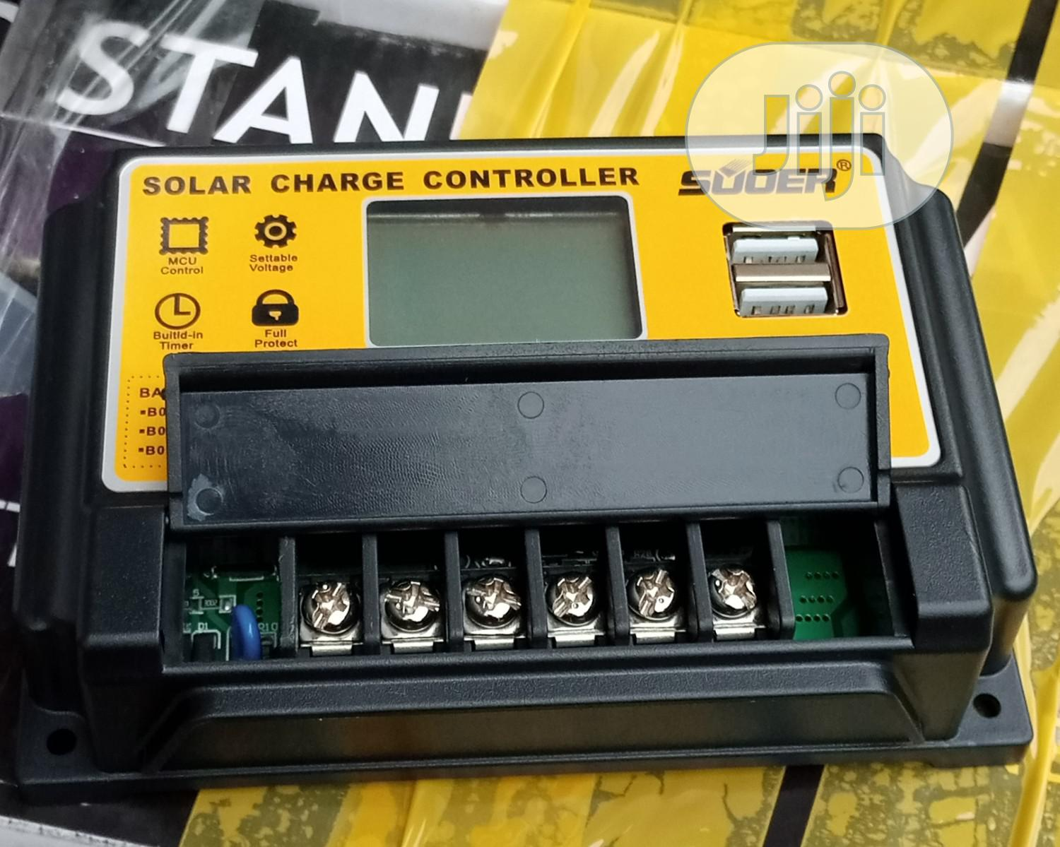 30a Suoer Solar Charge Controller
