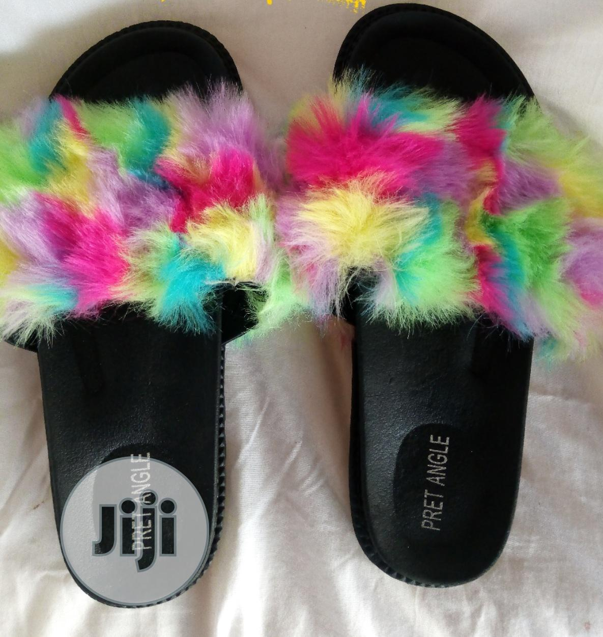 Archive: Jelly/Rubber Slippers And Slides