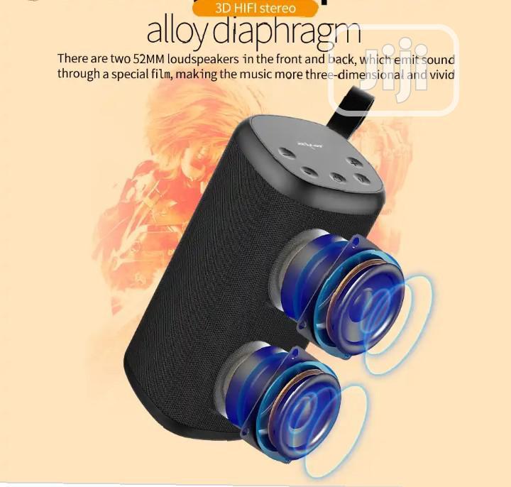 Archive: Zealot S35 Portable Bluetooth Speaker