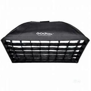 Godox 60 X 60 Strobe Light Soft Box Kit | Accessories & Supplies for Electronics for sale in Lagos State, Ikeja
