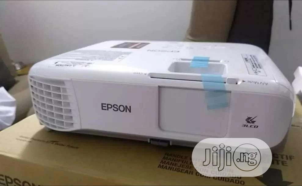 Epson Powerlite Projector