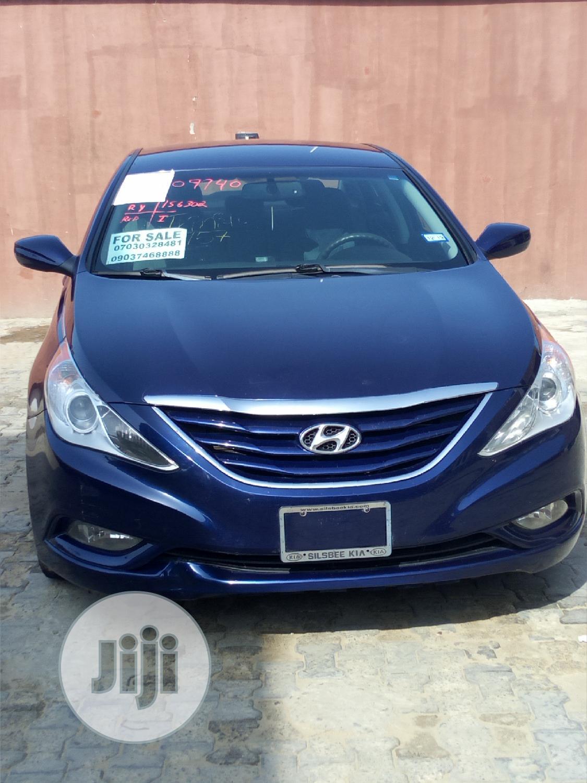 Hyundai Sonata 2012 Blue