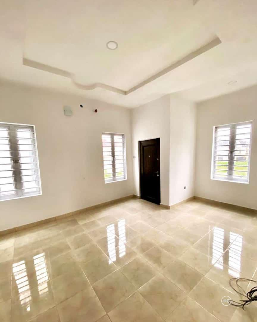 Affordable 4 Bedroom Detached Duplex | Houses & Apartments For Sale for sale in Lekki Phase 2, Lagos State, Nigeria