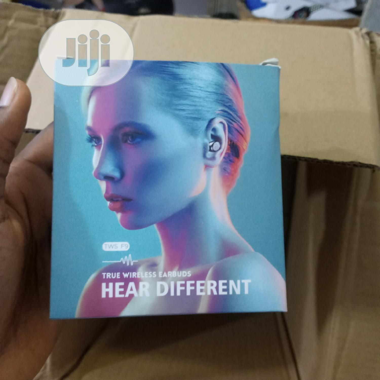 TWS F9 True Wireless Earbuds