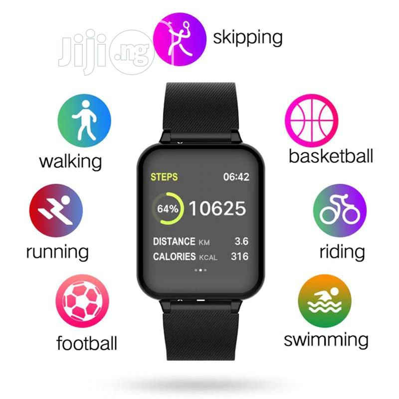 W4 Water Proof Smart Watch With Music   Smart Watches & Trackers for sale in Gbagada, Lagos State, Nigeria