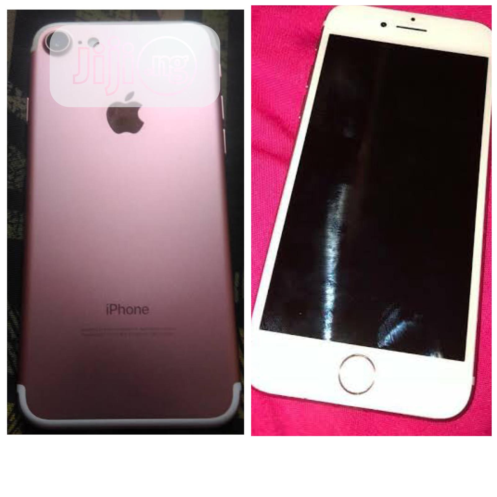 Archive: Apple iPhone 7 32 GB Pink