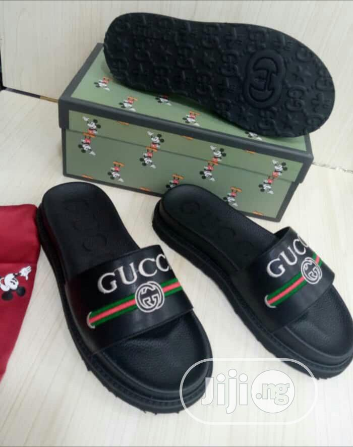 Original Quality and Beautiful Men Designers Gucci Slippers | Shoes for sale in Surulere, Lagos State, Nigeria