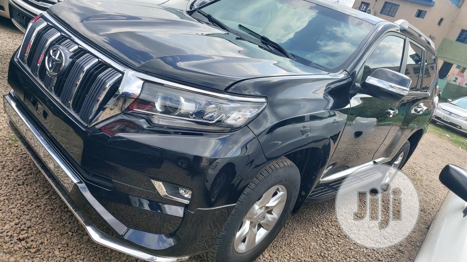 Toyota Land Cruiser Prado 2019 Black