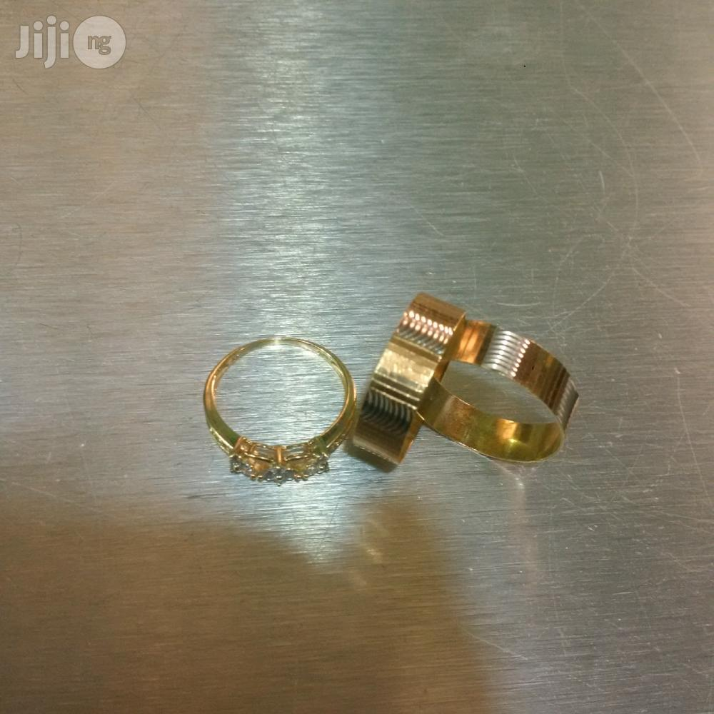 Original 18karat Gold Wedding Ring Set ITALY 750 | Wedding Wear & Accessories for sale in Amuwo-Odofin, Lagos State, Nigeria