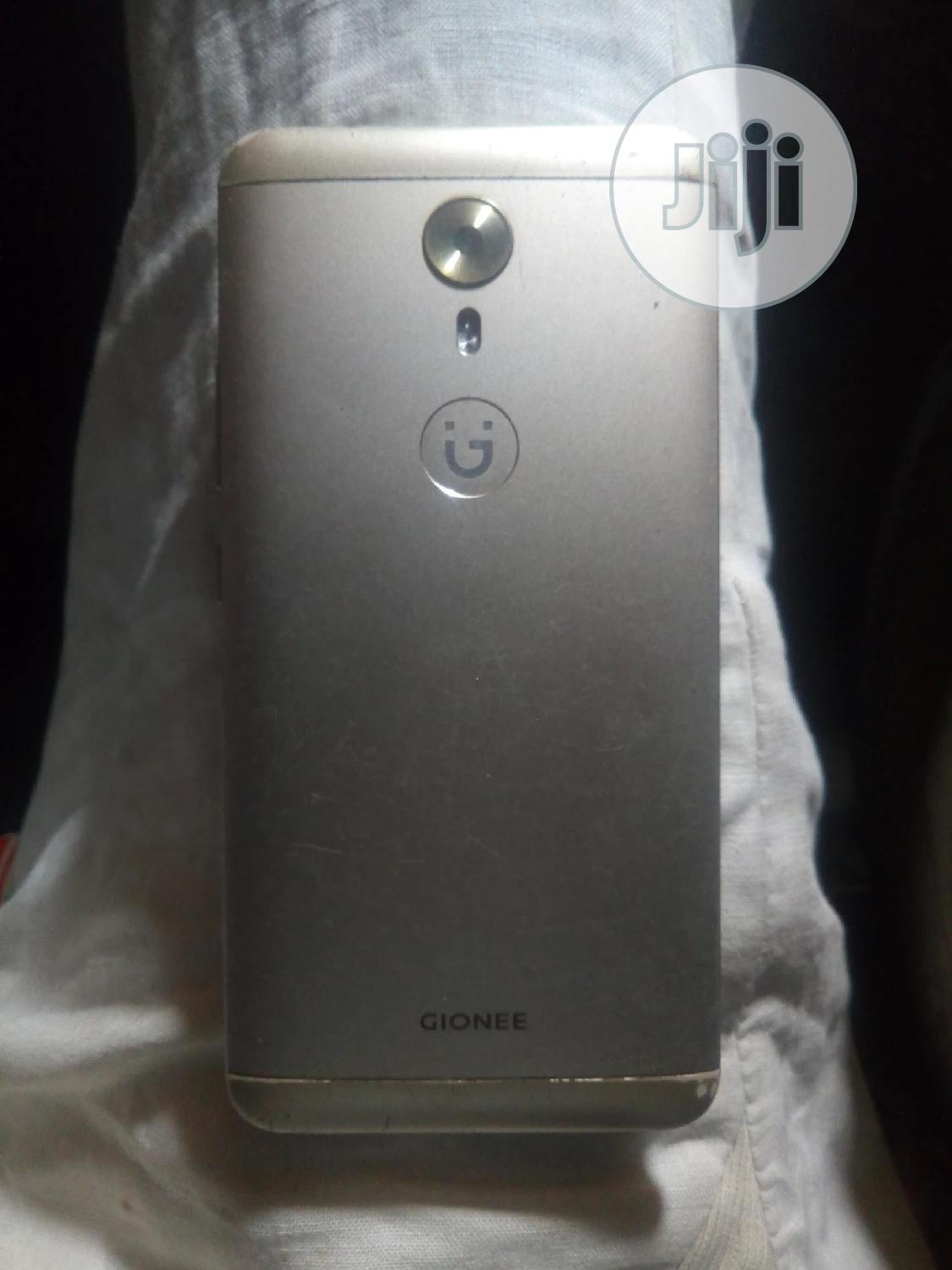 Archive: Gionee A1 64 GB Gold