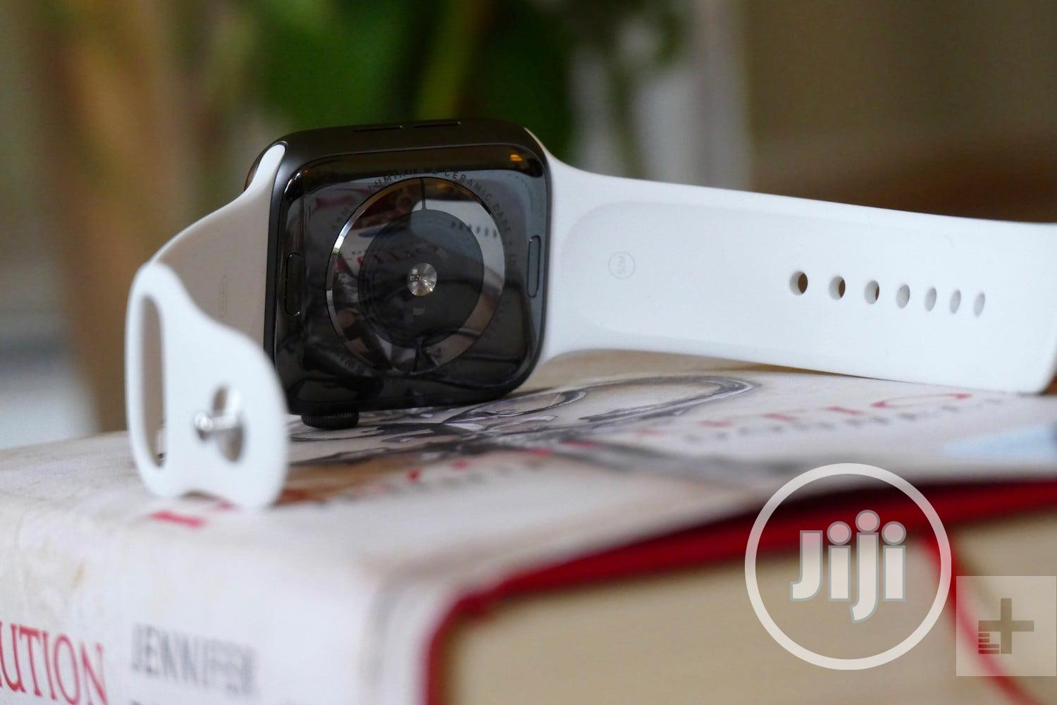 2020 Apple Series 5 Watch High Replica | Smart Watches & Trackers for sale in Ikeja, Lagos State, Nigeria